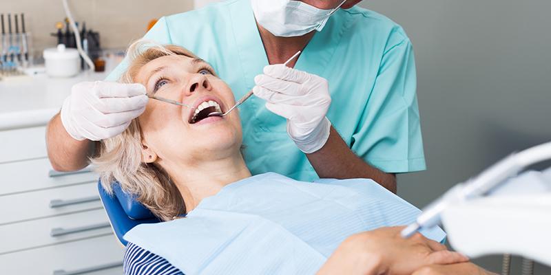הקצאת חניכיים , השתלת שיניים